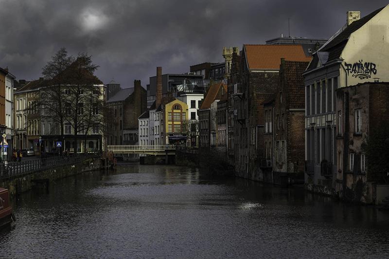 Des maisons gantoises au bord des Canaux