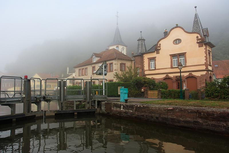 Lutzelbourg sous la brume