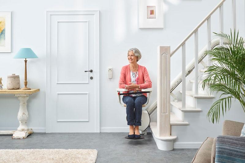 Adapter votre maison avec un monte-escalier